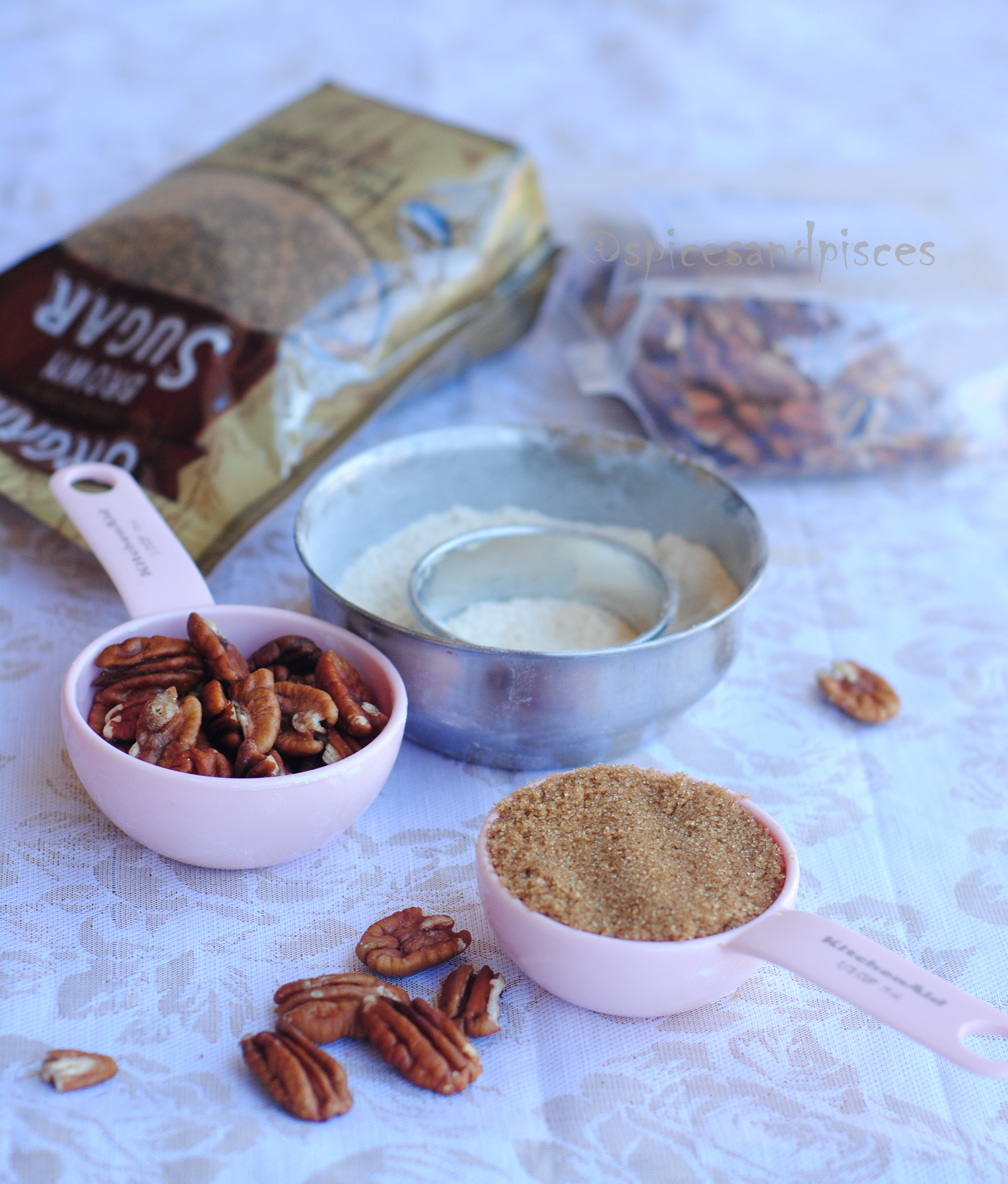 Happy Thanksgiving with pecan shortbreads « of spices and ...