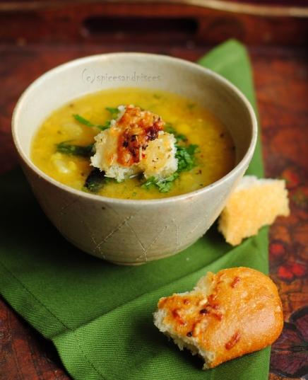 Split pea lentil soup with turnip/radish (mulo diye motor daal)