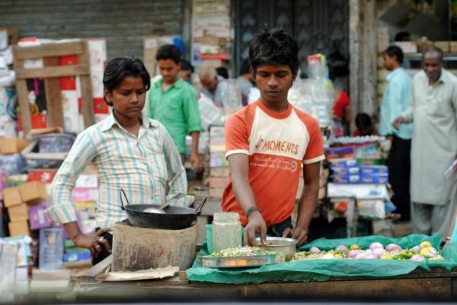 Street_vendor_1