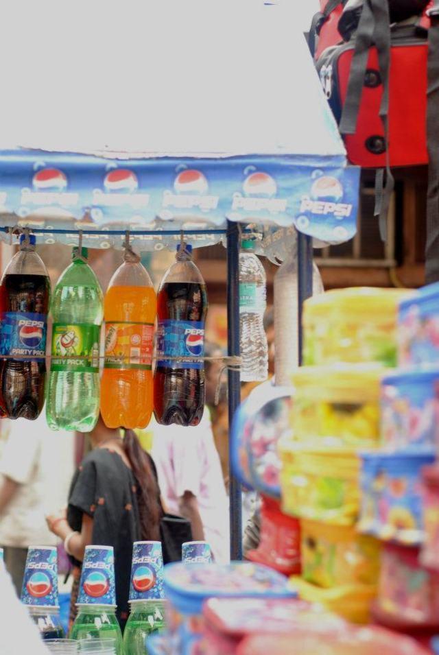 Street_vendor_3
